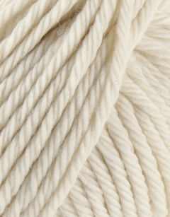 Cream CHUNKY Yarn 120g