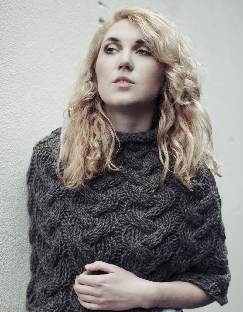 CABLE CAPE KNITTING PATTERN