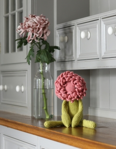 Crochet your own: Chrysanthemum