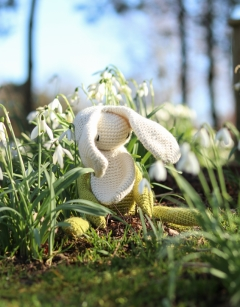 Crochet your own: Snowdrop
