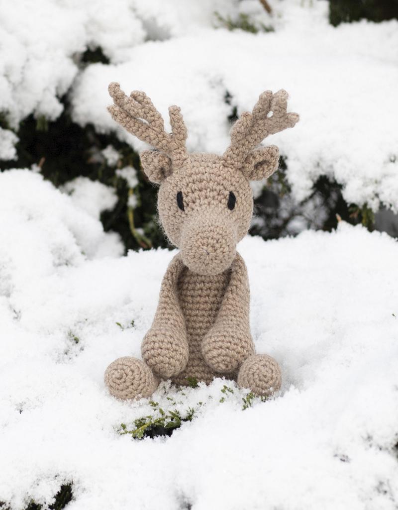 How to crochet Tiny REINDEER /christmas ornament - YouTube | 534x400