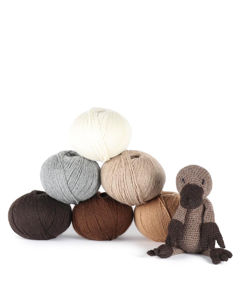 Amigurumi Llama & Baby Crochet Kit and Pattern Stylecraft Yarn ...   1024x800