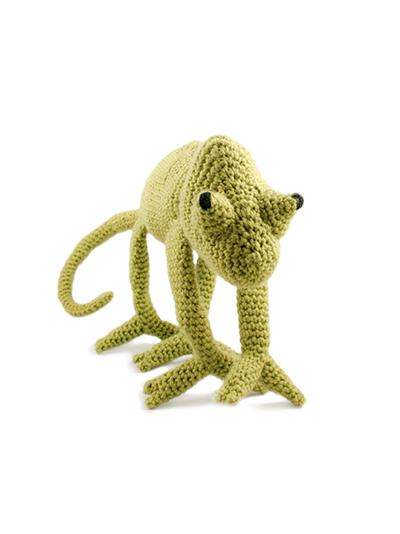 roman sock: Inspired again! Chameleons and Sharks! | 534x400