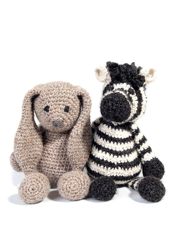 Free Crochet Patterns For Large Animals : Amigurumi crochet zoo animal patterns