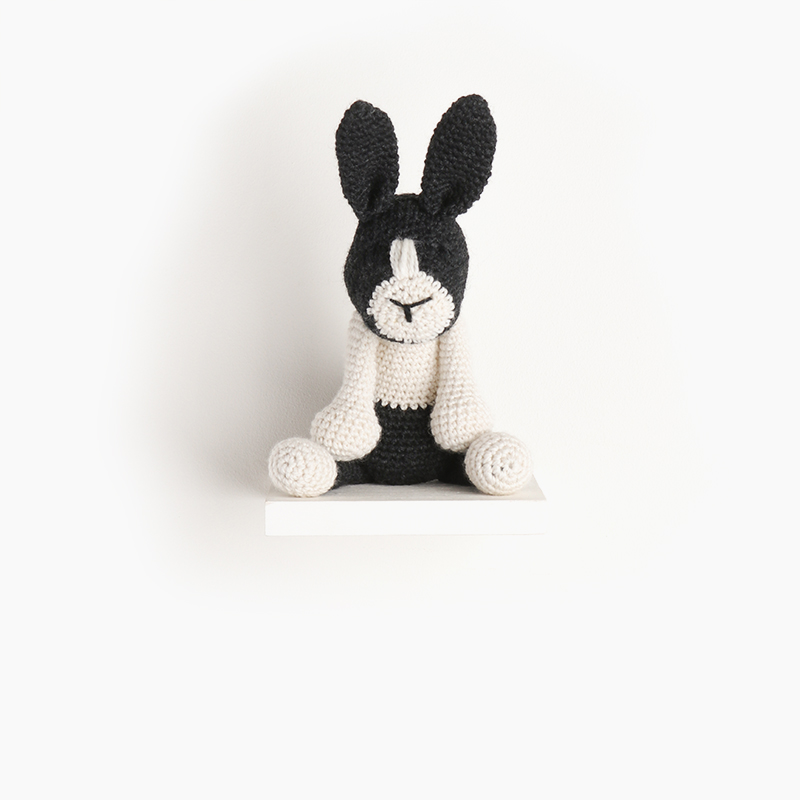 rabbit, eds animals, edwards crochet, edwards menagerie, kerry lord