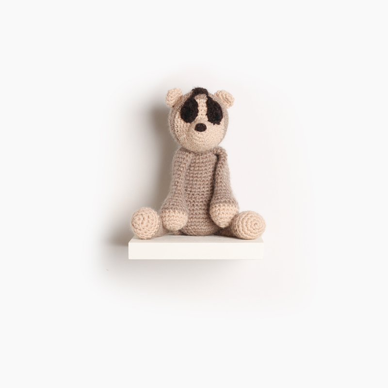 dylan the slow loris, eds animals, edwards crochet, edwards menagerie, kerry lord