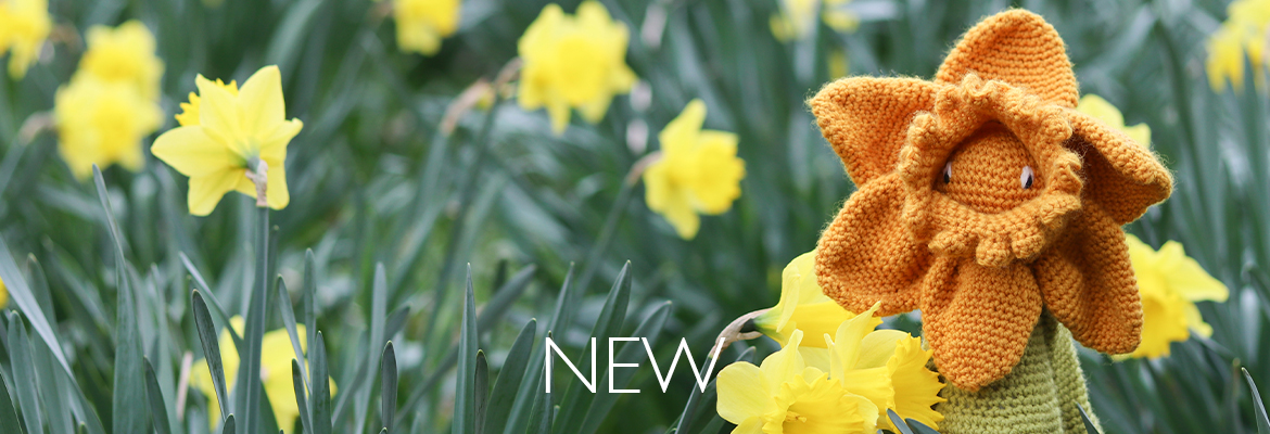 New Crochet Your Own Daffodil Flower Kit by Kerry Lord