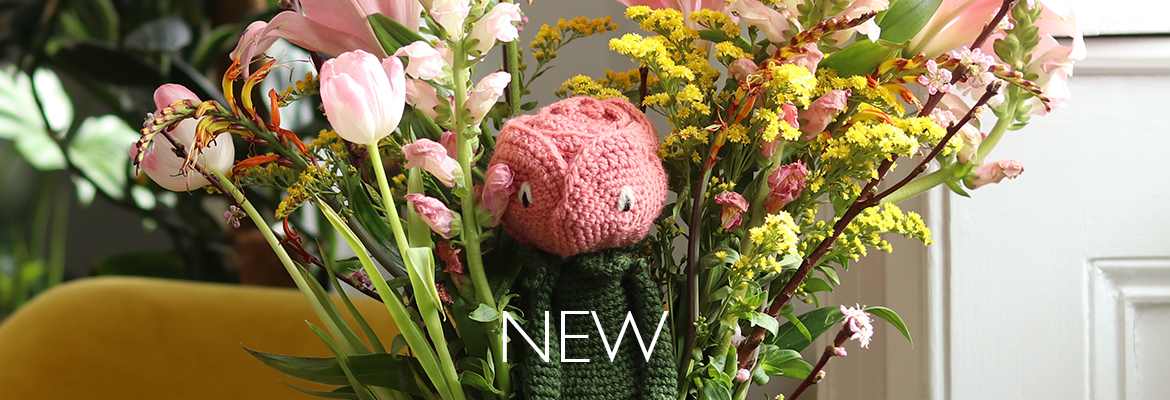 New TOFT Crochet Your Own Rose Flower Kit TOFT